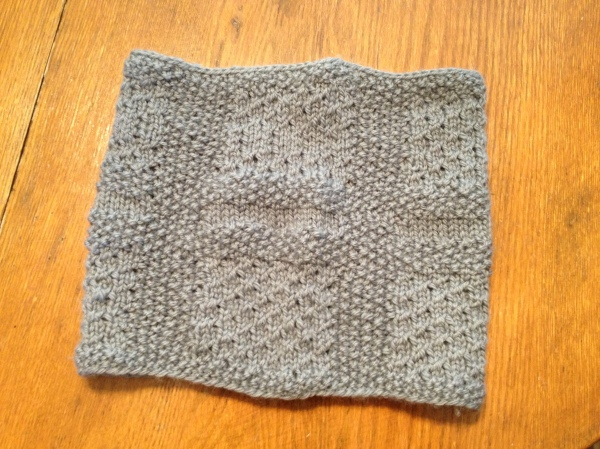 The pattern of the cowl.