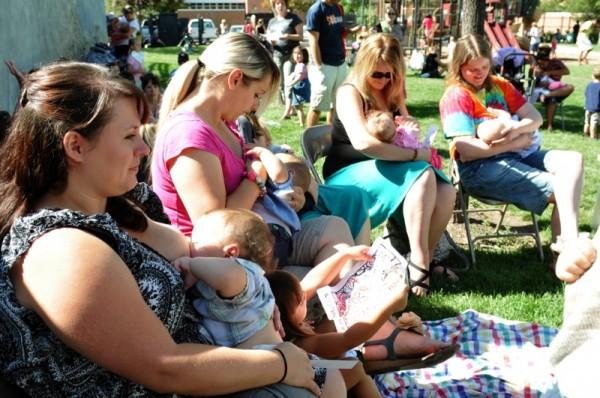story-04-breastfeeding-web1-212645